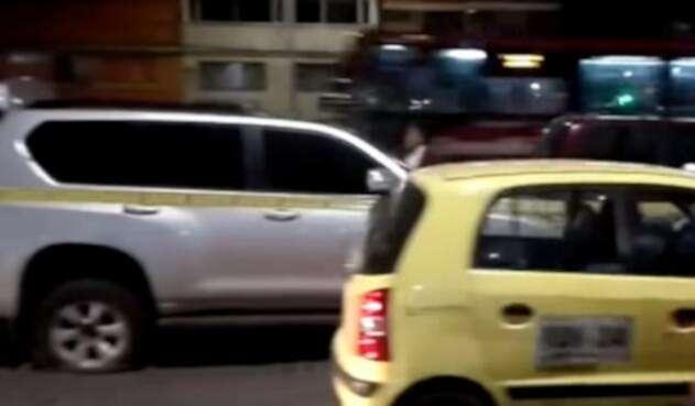 Esta fue la camioneta que dos sujetos intentaron hurtar en Puente Aranda