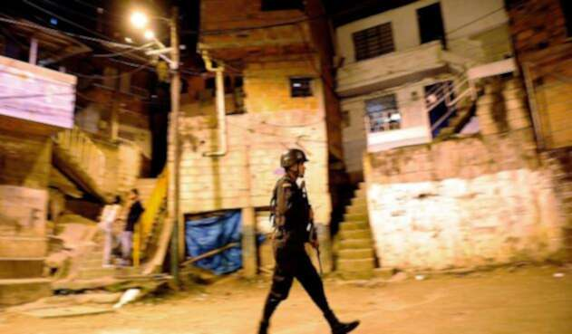 Durante las distintas versiones de los paramilitares  siempre se habló de una supuesta alianza con la Fuerza Pública durante la Operación Orión.