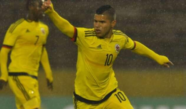 Juan Camilo el 'Cucho' Hernández fue enviado a la tribuna en el partido de Colombia ante EE.UU.