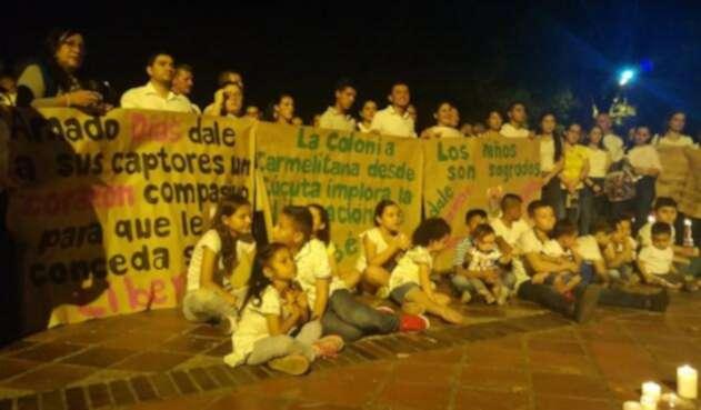 Velatón en Cúcuta pidiendo la liberación de Cristo José Contreras