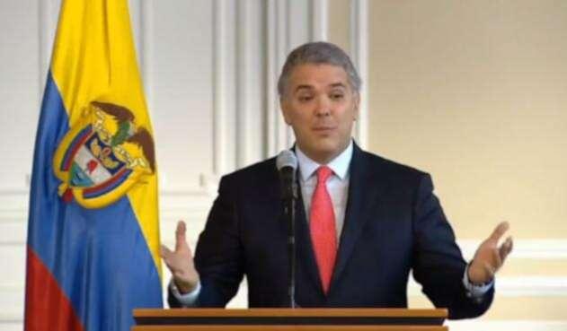 Al presidente Iván Duque le dio un cuadro de gastroenteritis viral