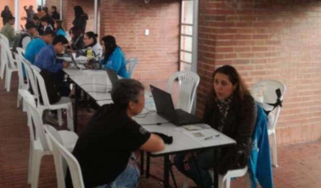 Feria de empleo 'Bogotá Trabaja' en la Plaza de los Artesanos