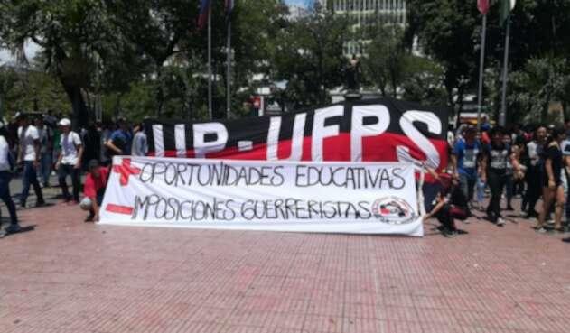 Marchas estudiantiles en Cúcuta por mejoras en la educación pública