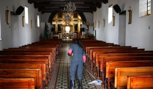 Interior de la Iglesia San Bernandino