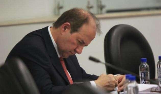 El exmagistrado de la Corte Suprema de Justicia, Leonidas Bustos en la Comisión de Acusación