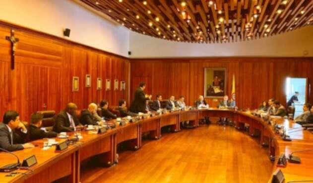 Partido Liberal, reunido con el Consejo de Estado