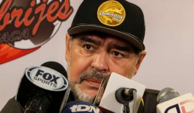 Diego Maradona, técnico de Dorados de México, cuestionó la capacidad de liderazgo de Messi