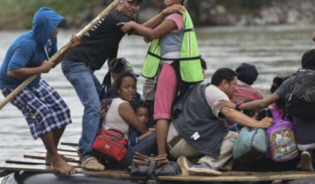 Migrantes hondureños que van rumbo a EE.UU.