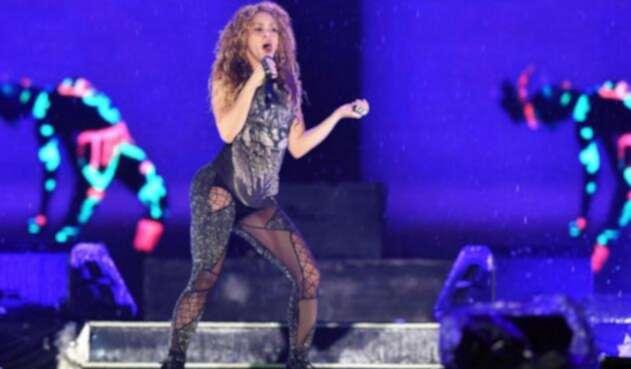 Shakira en su gira del Dorado World Tour