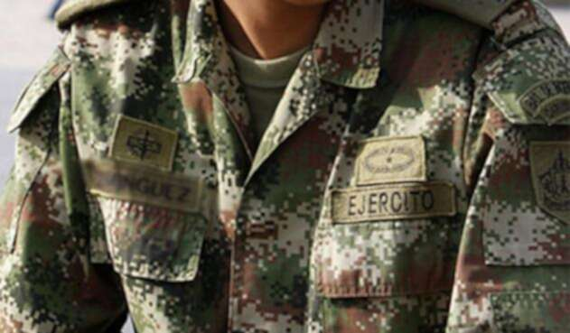 El soldado Andrés Arrieta Chávez, falleció luego de ser impactado al parecer, de manera accidental.