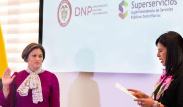 La superintendente de Servicios Públicos y Domiciliarios, Natasha Avendaño