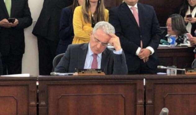 Álvaro Uribe en la Comisión Primera del Senado