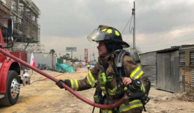 Así vivió el cuerpo de Bomberos de Bogotá el Incendio del Centro Comercial El Edén
