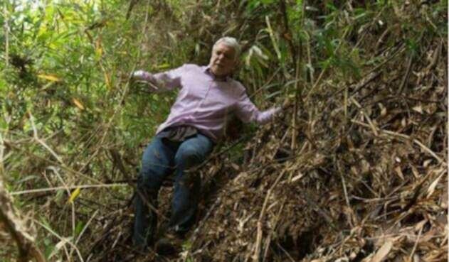 Enrique Peñalosa perdido en los cerros orientales