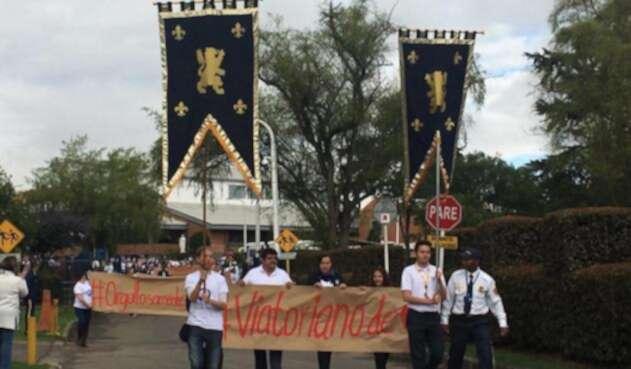 Protesta en colegio San Viator, en Bogota.