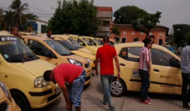Taxistas rechazan impuesto de Sayco y Acinpro por absurdo