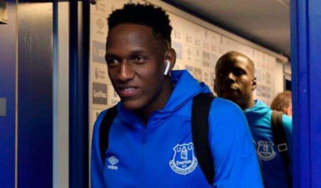 Yerry Mina en el partido anterior del Everton en la Premier League