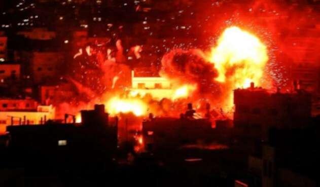 Hamas anuncia un alto el fuego con Israel tras peor escalada de violencia en años.