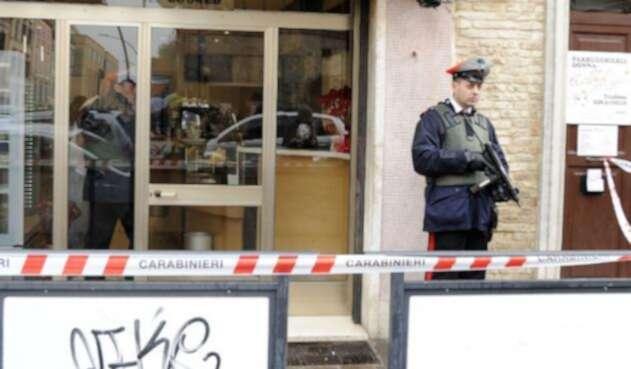 Policía en Italia