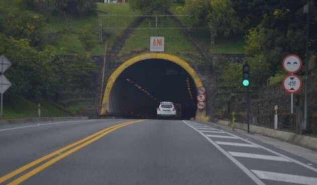 Túneles sobre la vía al Llano 2