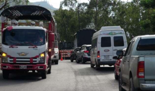 Transito congestionado Vía al Llano