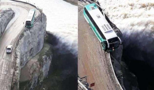 Bus casi se accidenta gravemente en curva peligrosa frente al río Cauca