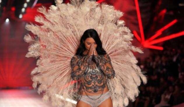 Adriana Lima se despide de Victoria's Secret