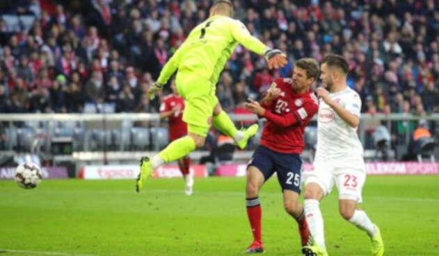 Bayern Múnich en partido ante Fortuna Dusseldorf