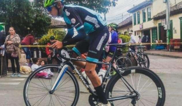 Hurtan bicicleta de la fundación Esteban Chaves