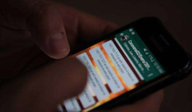 Whatsapp alimenta el valor y los temores al interior de la caravana de migrantes