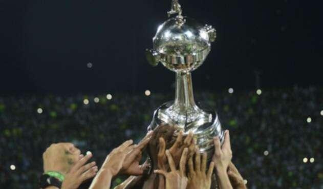 Trofeo de la Copa Libertadores.