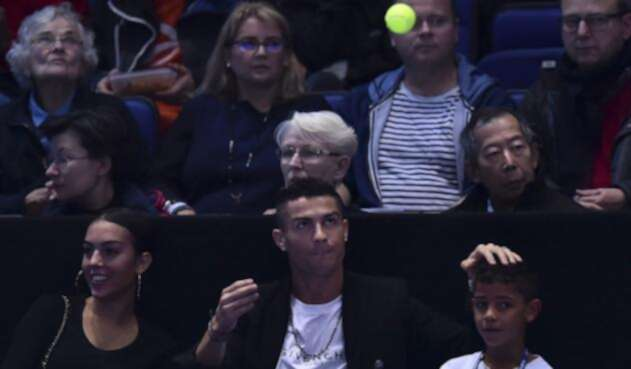 Cristiano Ronaldo viendo un partido de Novak Djokovic en el Torneo de Maestros