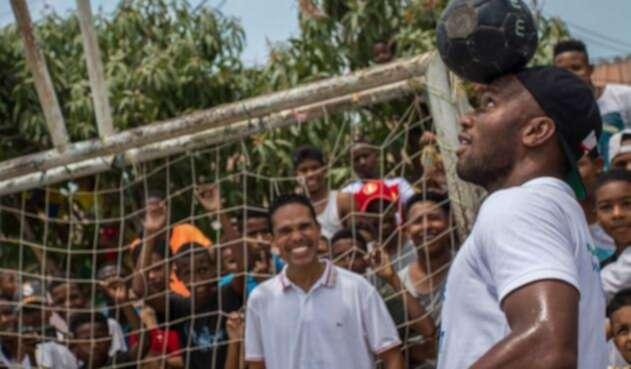 Didier Drogba en su visita a Colombia.
