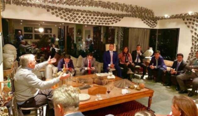 Reunión Partido Liberal y expresidente César Gaviria