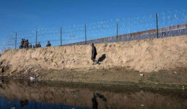 Caravana de migrantes intentó pasar la frontera de EE.UU. con México