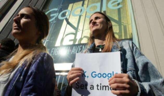 Protesta en contra de Google