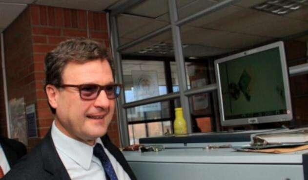 Luis Fernando Andrade investigado por el el caso Odebretch