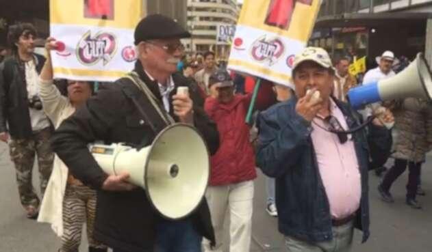 Marcha de trabajadores por la Séptima