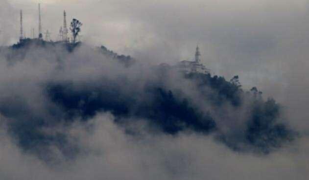 El cerro de Monserrate, lugar por excelencia del turismo bogotano.
