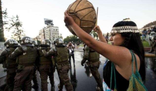 La muerte de un mapuche en Chile enfrentó a decenas de ciudadanos con las autoridades.
