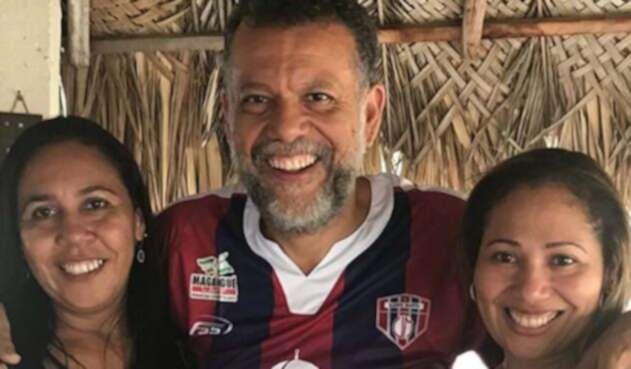 Padre Linero, hincha del Unión Magdalena