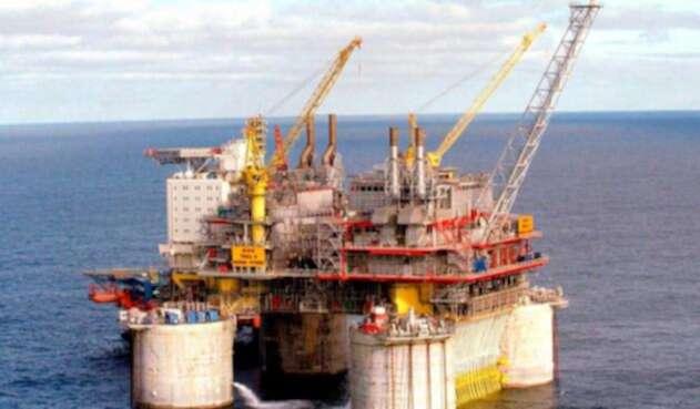 Precio del Petroleo Brent descendió