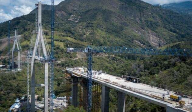 Fecha para prueba de carga del puente Hisgaura aun no está definida.