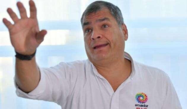 Rafael Correa alega que existe persecución en su contra