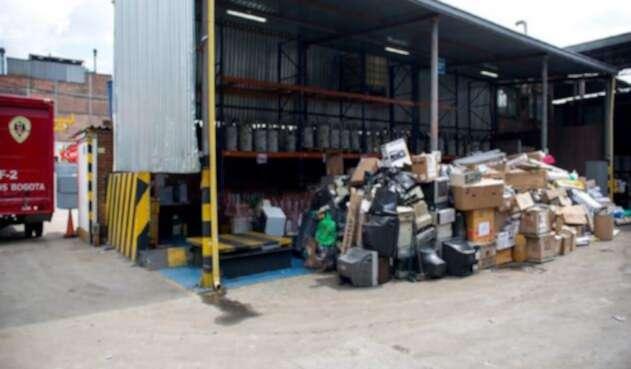 Algunos de los residuos que se podrán entregar serán computadores y periféricos, luminarias, pilas y acumuladores.