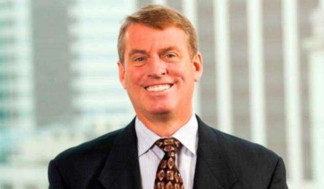 Richard Francis, director Latin American Sovereigns – líder de la Calificación de Colombia de Fitch Ratings