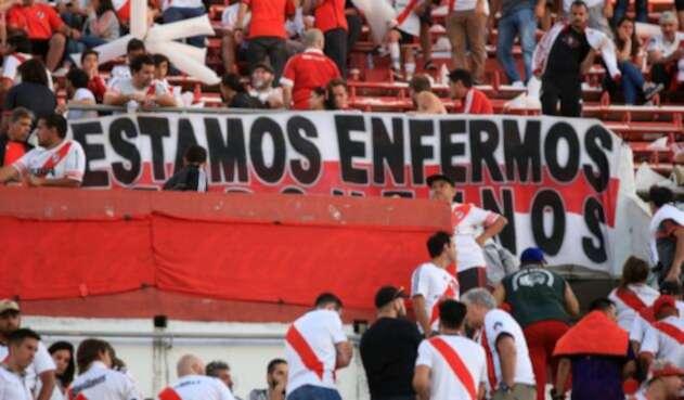 Hinchas de River Plate, en el estadio Monumental, en Buenos Aires (Argentina)