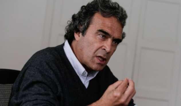 Sergio Fajardo es un matemático y profesor universitario.