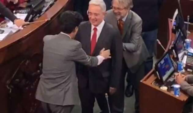 Uribe y Mockus