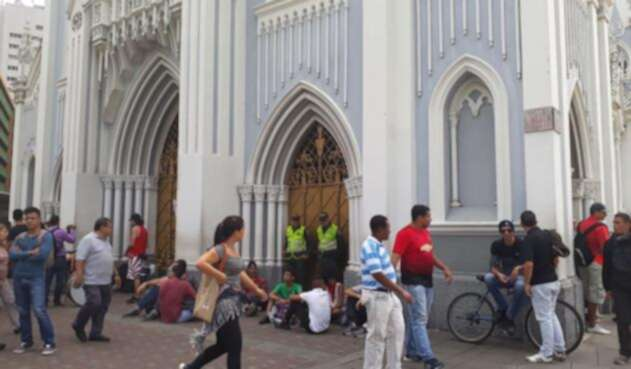 Estudiantes de Universidad del Valle se toman iglesia del centro de Cali